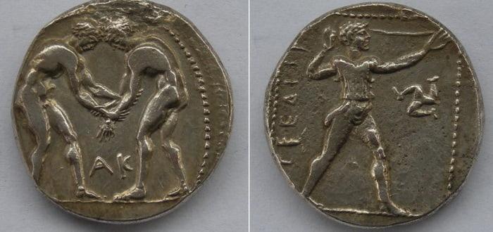 монеты начали чеканить в Памфилии