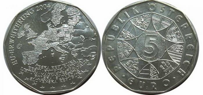 серебряная монета номиналом 5 евро