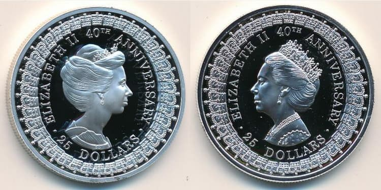 Серебряная монета посвящена 40-летию правления Екатерины II