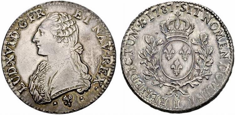 Серебряная монета Людовике XV